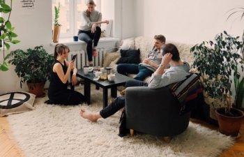 7 lucruri pe care nu ar fi bine sa le atingi cand te afli in casa altcuiva