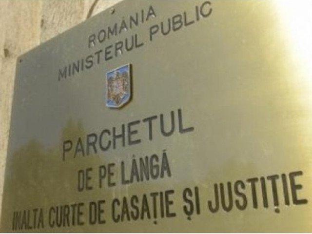 Deputatul USR Stelian Ion si Doru Oprea, ranit la protestul de pe 10 august, au depus plangere la Parchetul General