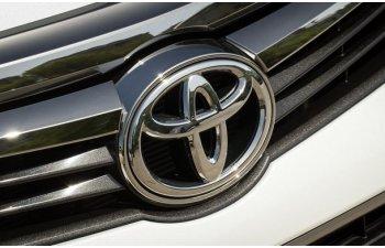 Toyota investeste in Uber: 500 de milioane de dolari pentru dezvoltarea masinilor autonome