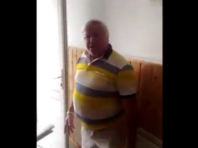 """Membri USR, batuti de un primar cand au fost sa depuna semnaturile pentru """"Fara penali"""" / VIDEO"""