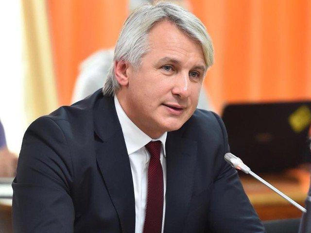 Teodorovici: Declaratiile presedintelui Iohannis ca nu sunt bani de salarii sau pensii sunt iresponsabile