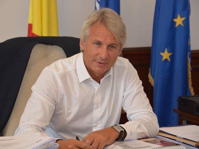 Teodorovici: Suma incasata de Iohannis din chiria imobilului din Sibiu se afla in posesia sa in mod incorect