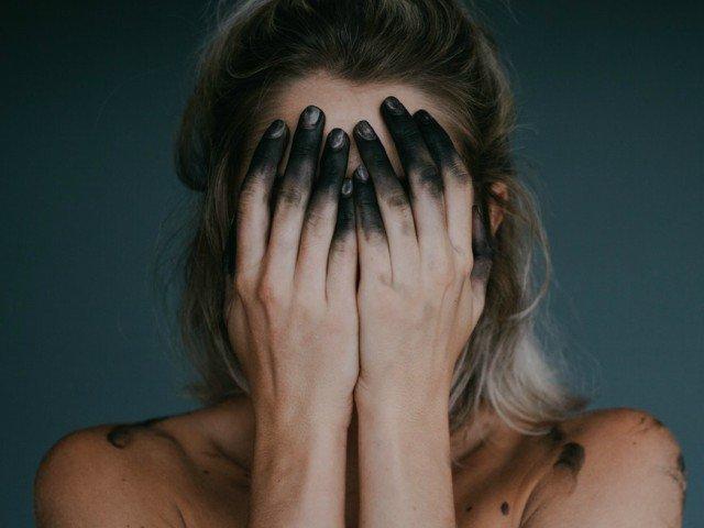 """15 cele mai bizare afectiuni mentale din lume: de la oamenii care se cred Iisus pana la """"sindromul mortului-viu"""""""