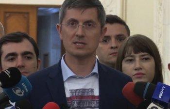 """Barna: Unii primari PSD ii suna pe cetateni si le cer sa isi retraga semnaturile pentru initiativa """"Fara penali"""""""
