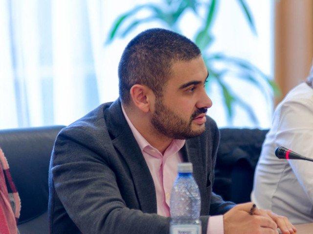 Florin Manole (PSD): Ministrul Teodorovici greseste in legatura cu pachetele de servicii de sanatate diferentiate