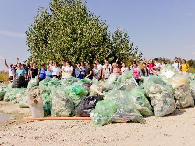 Peste 338.000 de voluntari au participat la Ziua de Curatenie Nationala de pe 15 septembrie