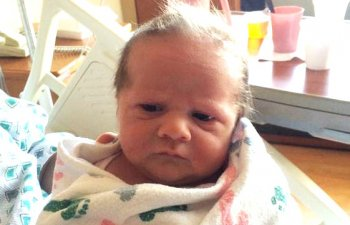 """10+ imagini amuzante cu bebelusi care s-au nascut """"batrani"""""""