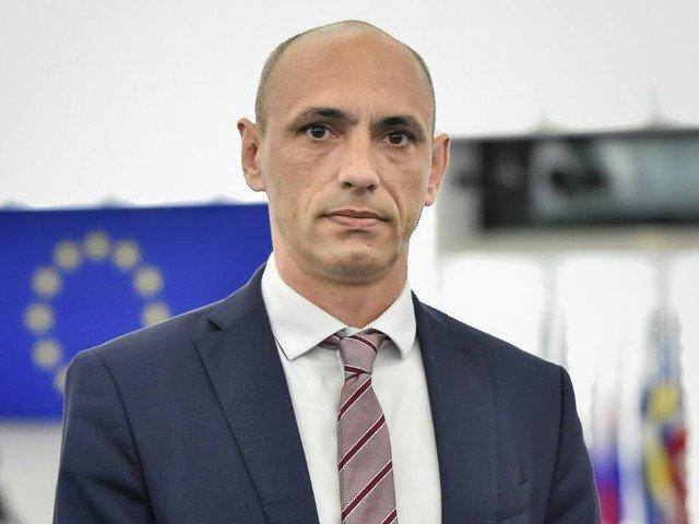 Europarlamentarul Razvan Popa: Tentativa de fortare a demisiei presedintelui ales al PSD este nociva pentru partid