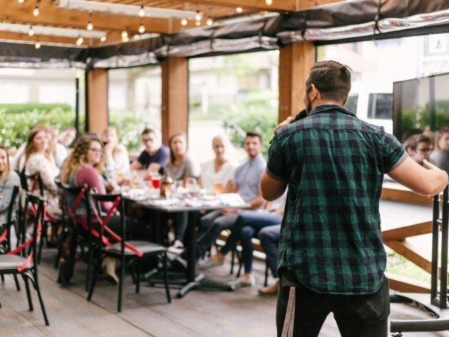 11 metode eficiente ca sa scapi de frica de a vorbi in public