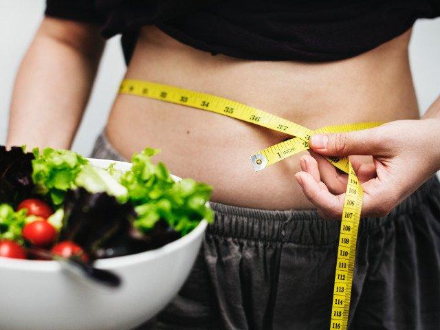 Studiu: O dieta bogata in carbohidrati ajuta la slabit