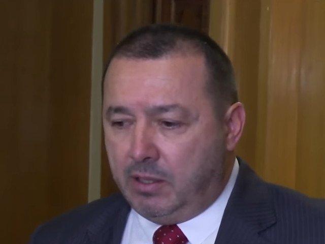 Radulescu, despre Tutuianu: In loc fiecare sa isi vada de treaba lui in continuare, unii jignesc partidul