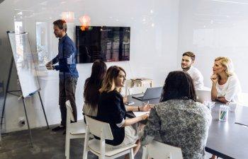 4 strategii eficiente pentru sedinte mai productive la locul de munca