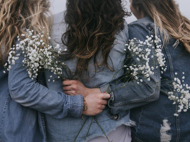 10+ greseli care pot afecta iremediabil o relatie de prietenie