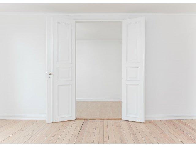 Peretii despartitori, solutia ideala pentru spatii delimitate la tine acasa