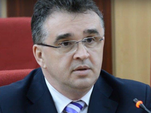Oprisan: Paul Stanescu este un ministru care nu a comunicat deloc