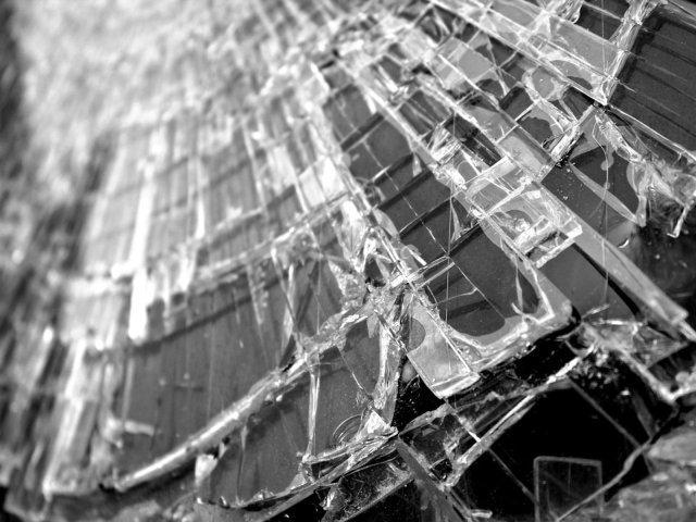 O persoana a murit si alte doua au fost ranite in urma unui accident rutier petrecut in Galati
