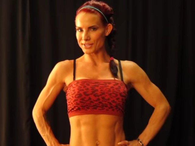 O antrenoare de fitness, cunoscuta in lumea vedetelor de la Hollywood, gasita moarta in casa