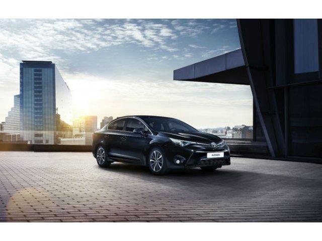 Toyota recheama in service peste 1.2 milioane de masini in Europa: defectiuni la airbag-uri