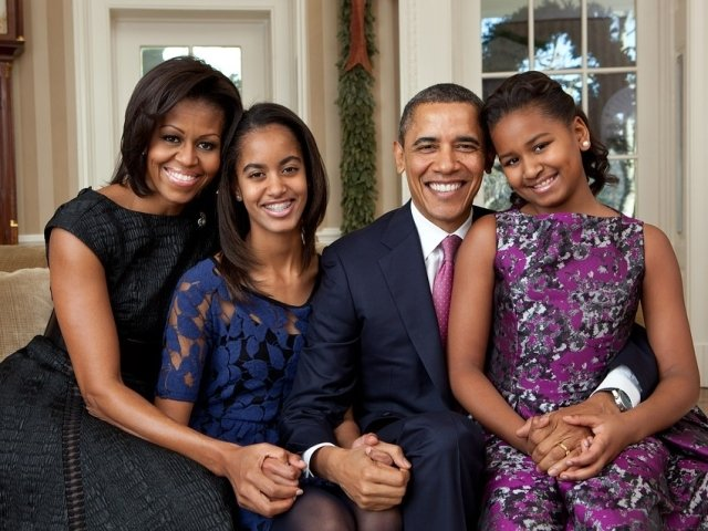 Michelle Obama dezvaluie ca a recurs la fertilizarea in vitro pentru a ramane insarcinata