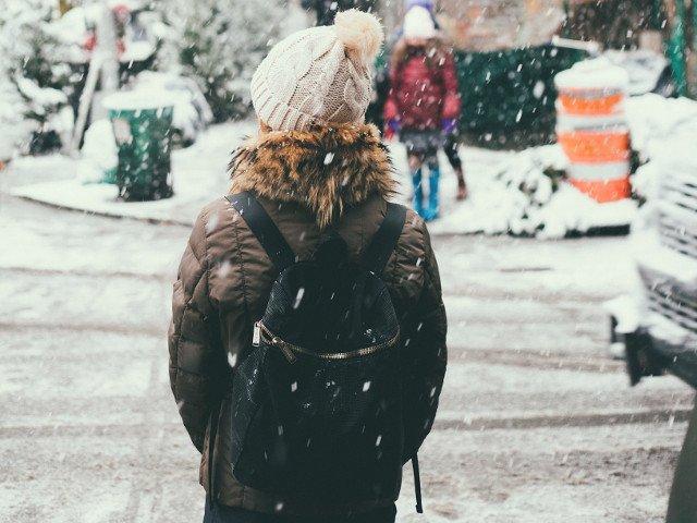 Cod GALBEN de ninsori si viscol in 16 judete si in Capitala