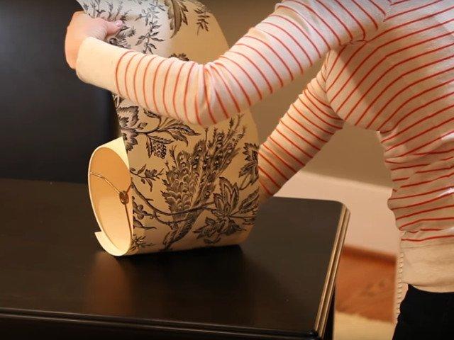 """Nu e util doar pentru """"imbracarea"""" peretilor. 8 intrebuintari mai putin cunoscute ale tapetului"""