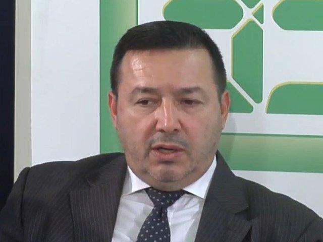Catalin Radulescu, in Parlament: Lasa-ne, ma, cu poporul/ VIDEO