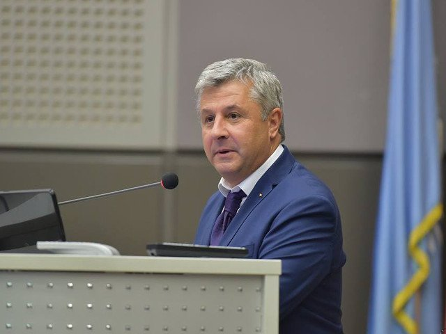 Florin Iordache: Presedintele Iohannis isi depaseste rolul constitutional