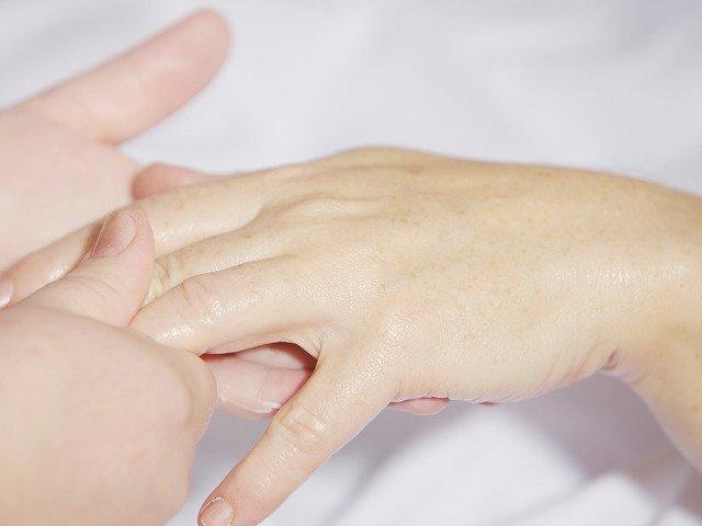 Cercetatorii chinezi au creat un material bioactiv care stimuleaza regenerarea pielii