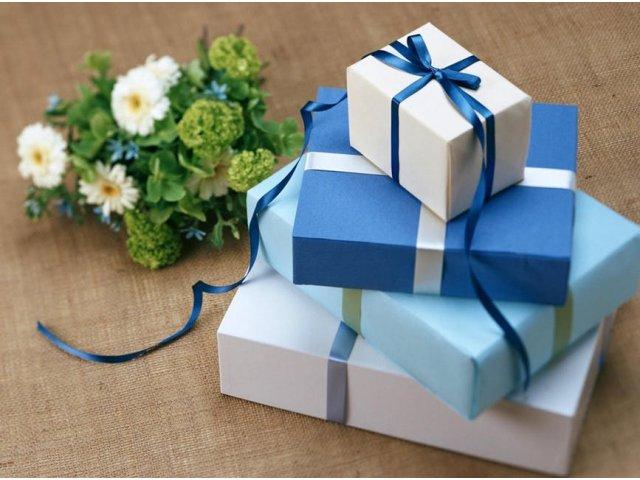 Cadouri de Craciun pentru familie. Idei de cadouri speciale de pe iLUX.ro