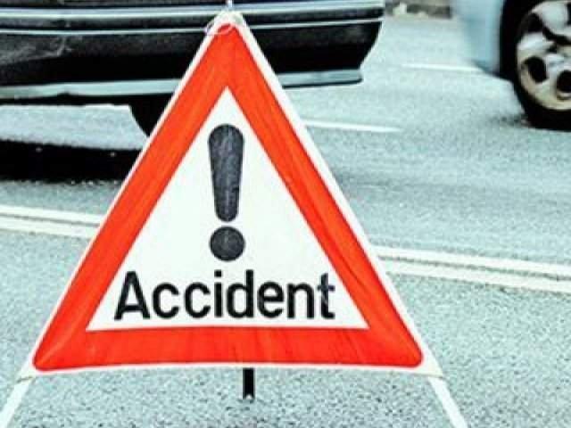 Accident grav pe DN 1A. Sase persoane, transportate la spital