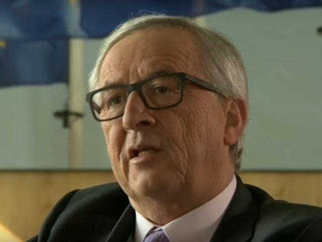 """Juncker lauda euro ca pe un """"simbol al unitatii"""", in contextul in care moneda implineste 20 de ani"""