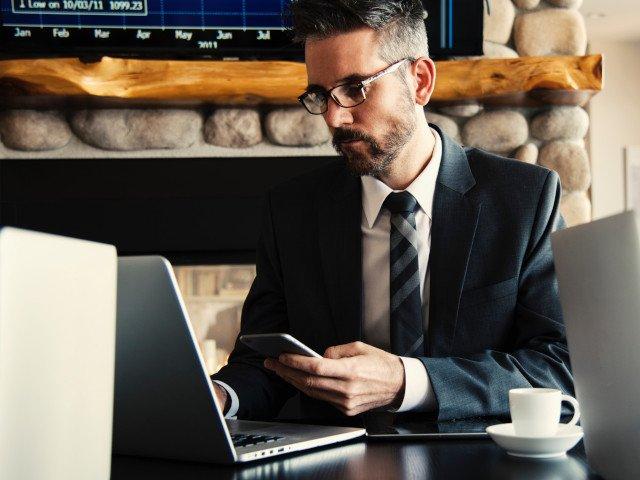 8 greseli pe care sa nu le faci la birou dupa vacanta de sarbatori