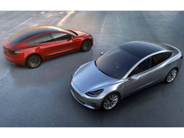 Tesla si-a dublat vanzarile in 2018: 6 din 10 masini livrate de americani au fost Model 3