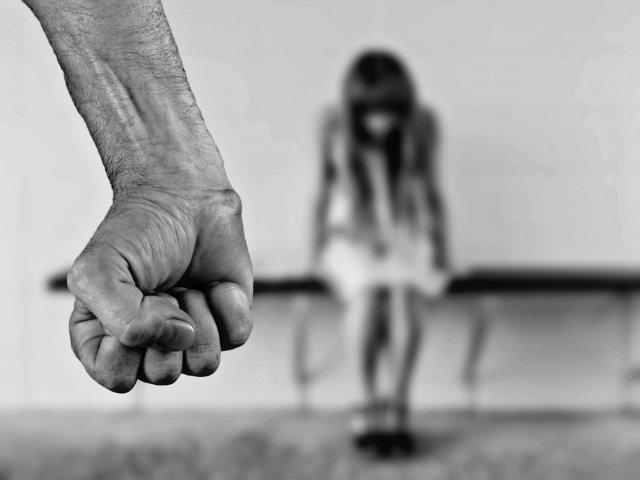 IGPR: Politistii pot emite un ordin de protectie provizoriu pentru victimele violentei domestice