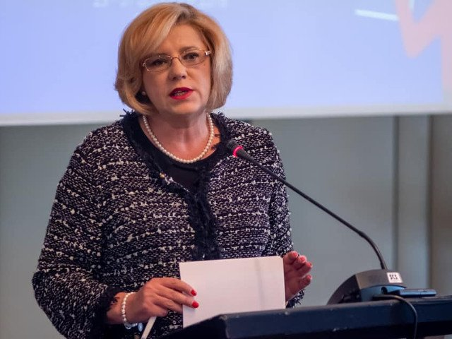 Corina Cretu: Bugetul alocat Romaniei pe politica de coeziune ar putea fi mai mare cu 8% pentru perioada 2021 - 2027