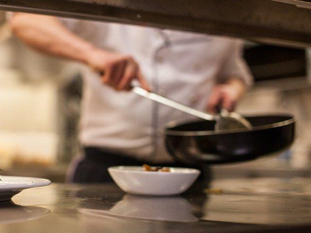 "Un restaurant din Italia ofera clientilor o delicatesa inedita: ""aer prajit""/ FOTO"