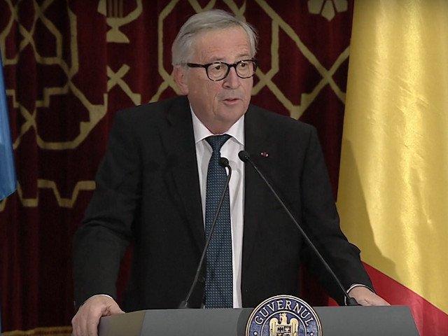 """Juncker: Romania nu trebuie sa """"exporte"""" in Europa conflictele interne"""
