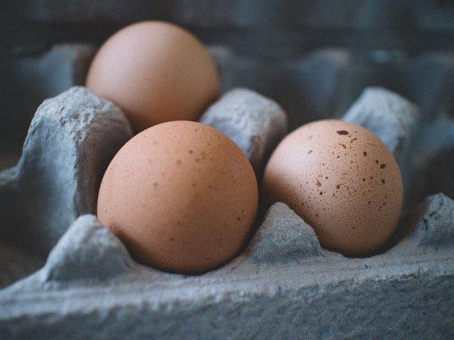 36.000 de oua de la ferma din Teleorman, distribuite in judet. 6.000 au fost retrase de la comercializare