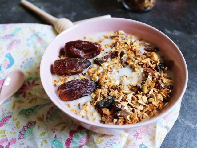 Studiu: Alimentatia bogata in fibre, asociata cu reducerea riscului de afectiuni cardiovasculare, cancer si diabet