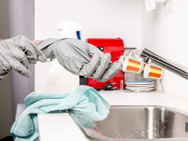 In fiecare zi, o data pe luna/an? Cat de des trebuie curatate aceste 10+ obiecte din casa