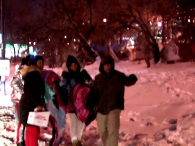 Un anonim a platit hotelul pentru 70 de persoane fara adapost, in timpul vortexului polar
