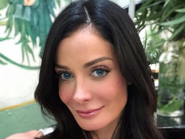 Miss Universe 1993, Dayanara Torres, diagnosticata cu cancer de piele / VIDEO
