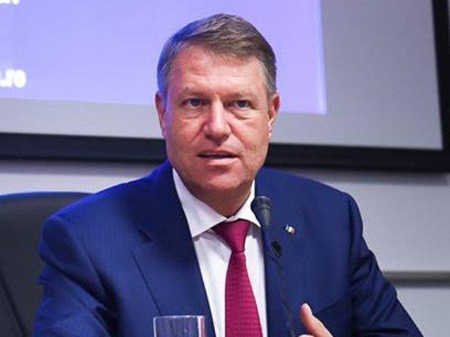 """PSD: Klaus Iohannis va ramane in istorie drept """"Presedintele Bete-n-Roate"""""""