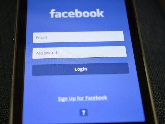 Facebook oficializeaza unificarea comunicarii intre Instagram si Facebook pentru companii