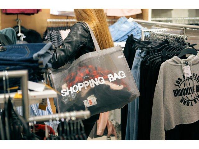 9 situatii comune cand iti pierzi controlul si cumperi lucruri de care nu ai nevoie