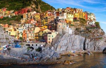 10 motive pentru care sa iti rezervi o vacanta in Cinque Terre