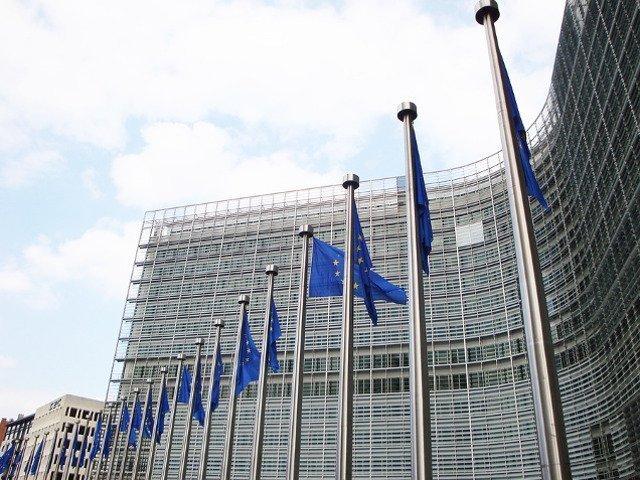 Comisia Europeana anunta ca va cere explicatii guvernului privind modificarile aduse legilor justitiei