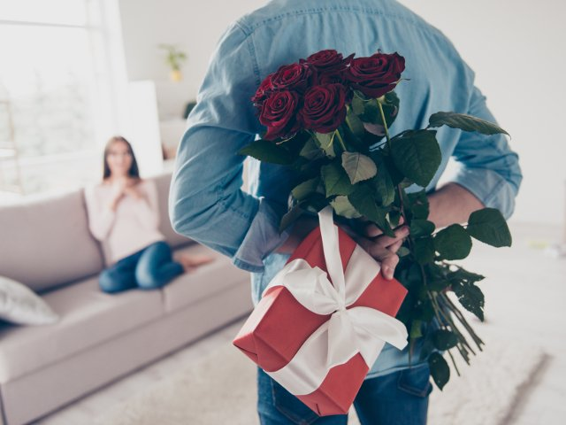 10 obiceiuri respectate de Dragobete. Care sunt superstitiile legate de primirea florilor