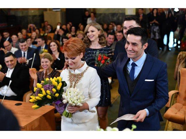 Lia Olguta Vasilescu si Claudiu Manda s-au casatorit/ FOTO