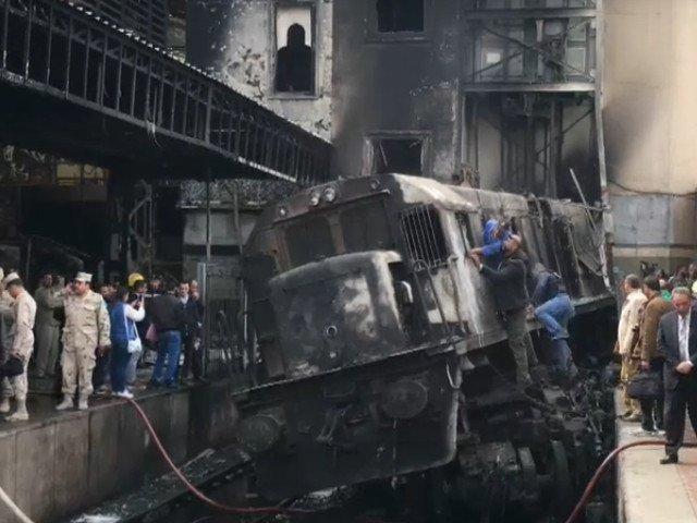 25 de oameni au murit dupa ce rezervorul unui tren a explodat, in Cairo/ VIDEO